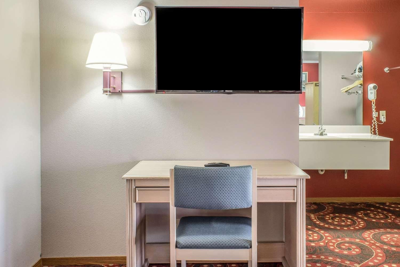 Suite - Econo Lodge Spencer
