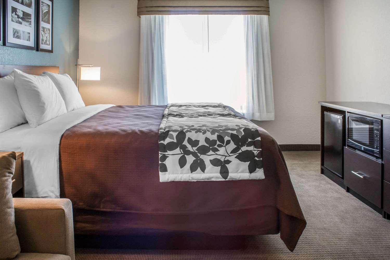 Suite - Sleep Inn & Suites Fort Dodge