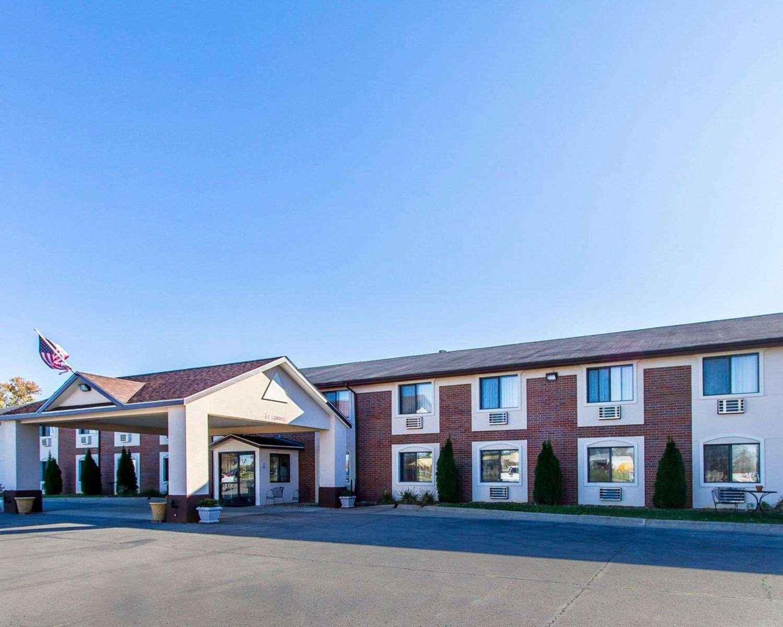 Exterior view - Quality Inn & Suites Ottumwa