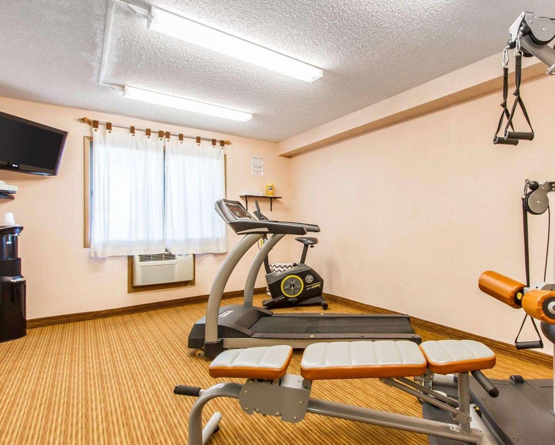 Fitness/ Exercise Room - Quality Inn & Suites Ottumwa