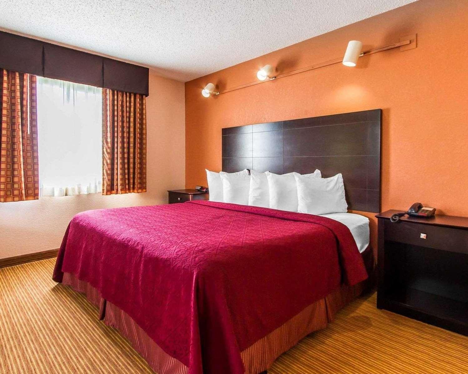 Suite - Quality Inn & Suites Ottumwa