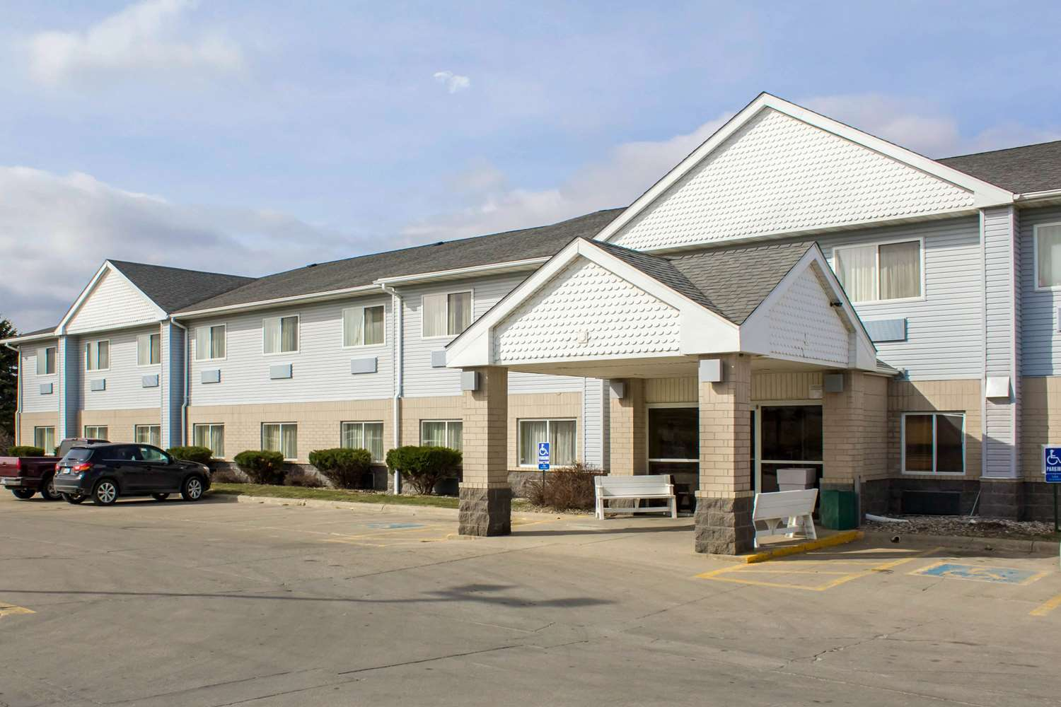 Exterior view - Quality Inn & Suites Sioux City