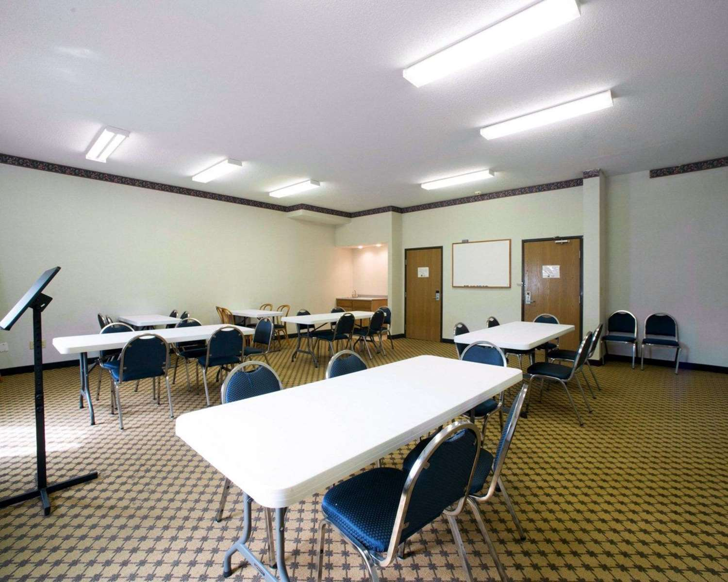 Meeting Facilities - Quality Inn & Suites Caseyville