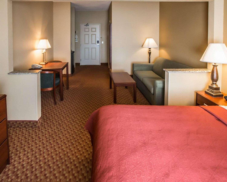 Suite - Quality Inn & Suites South Joliet
