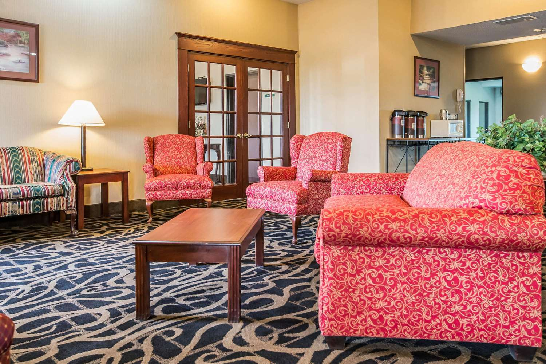 Lobby - Quality Inn & Suites Mendota