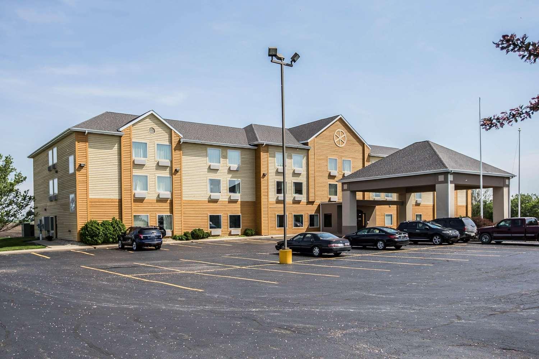 Exterior view - Quality Inn & Suites Mendota