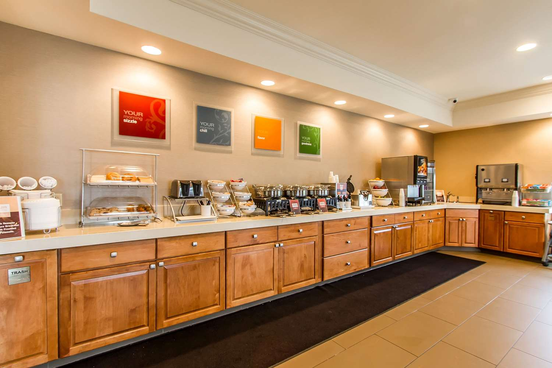 Restaurant - Comfort Suites Mattoon