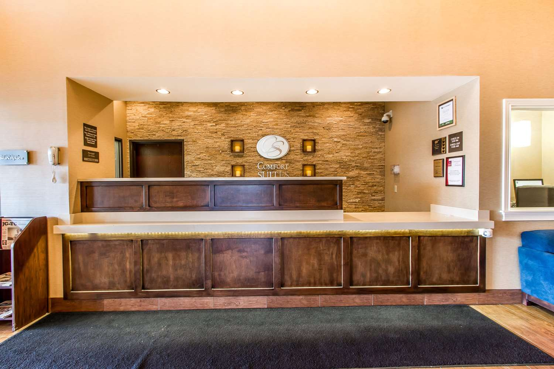 Lobby - Comfort Suites Mattoon