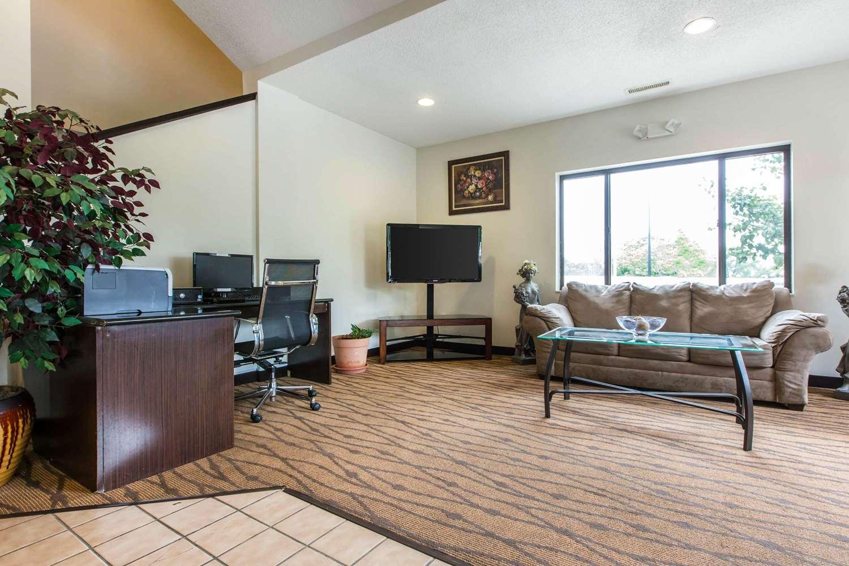 Lobby - Econo Lodge Inn & Suites Peoria
