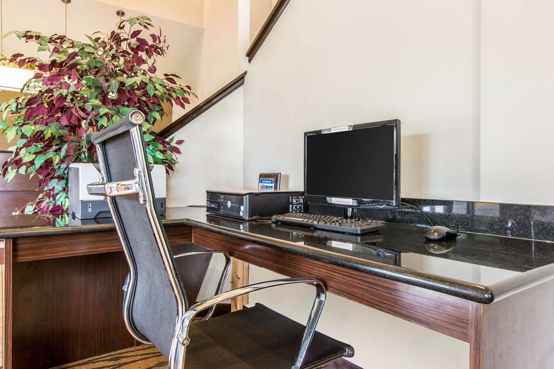 Conference Area - Econo Lodge Inn & Suites Peoria