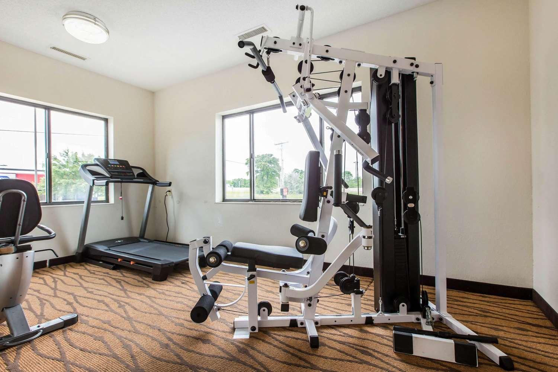 Fitness/ Exercise Room - Econo Lodge Inn & Suites Peoria