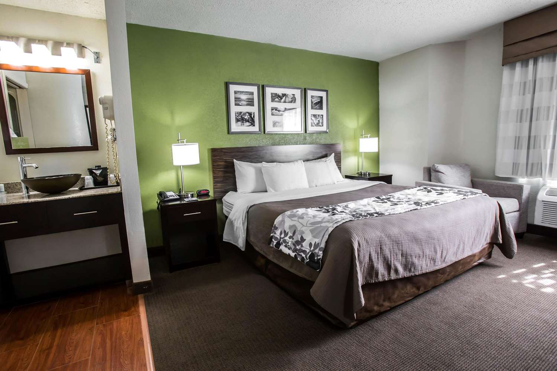 Suite - Sleep Inn Rockford