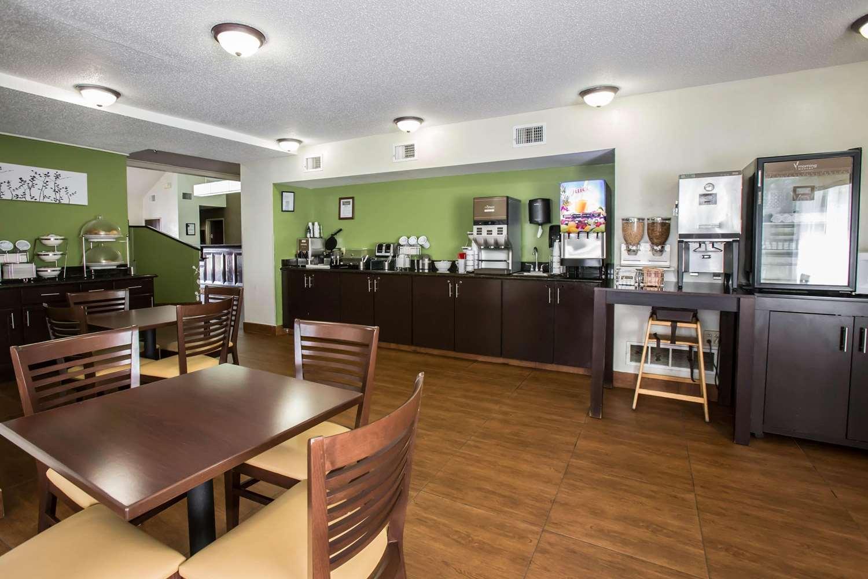 Restaurant - Sleep Inn Rockford