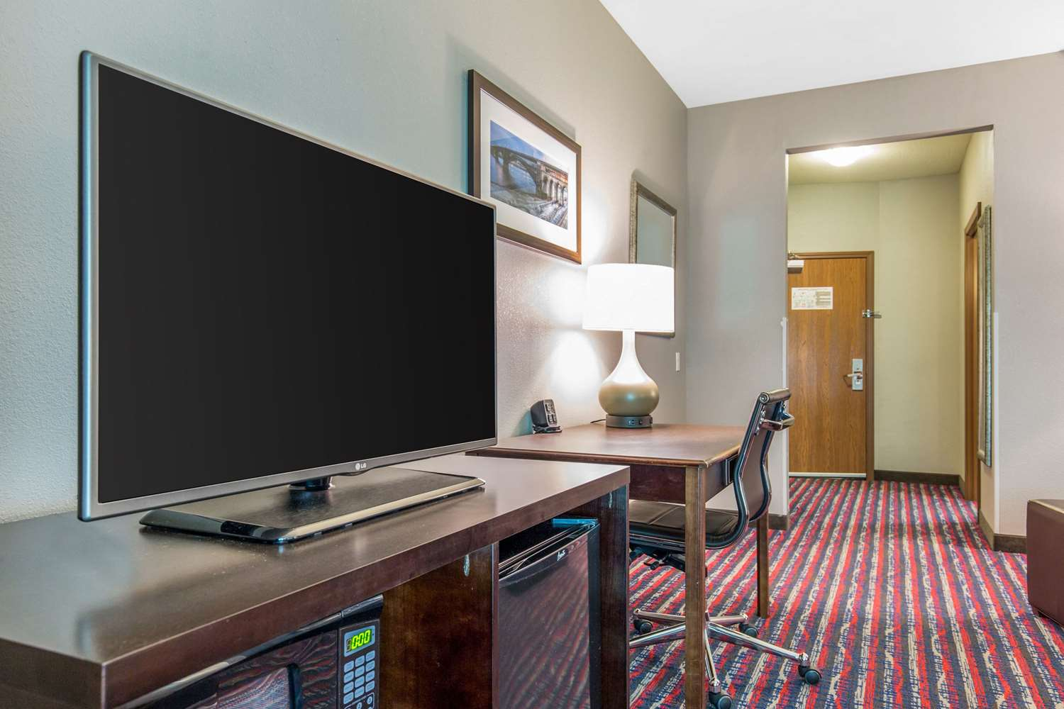 Room - Comfort Suites Fairview Heights