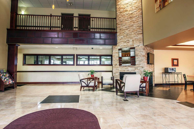 Lobby - Comfort Suites Elgin