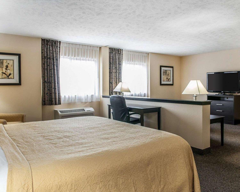 Suite - Quality Inn & Suites Mattoon
