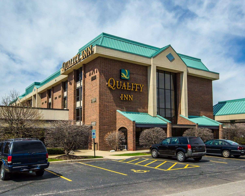 Quality Inn Schaumburg, IL - See Discounts