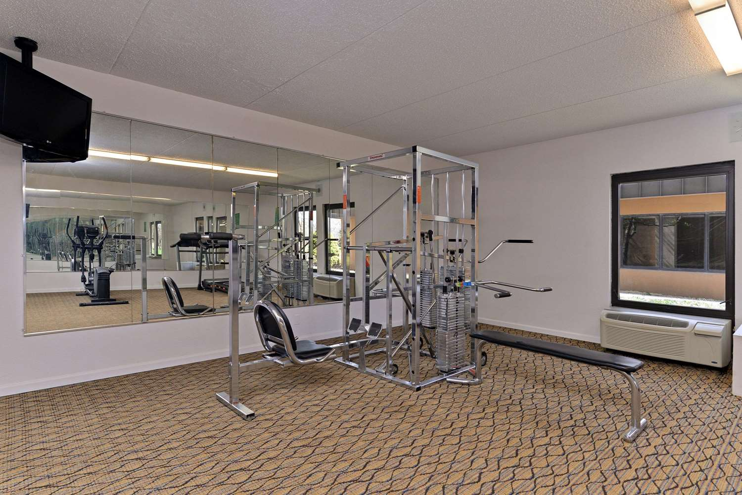 Fitness/ Exercise Room - Quality Inn & Suites Matteson
