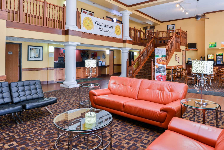 Lobby - Quality Inn Bolingbrook