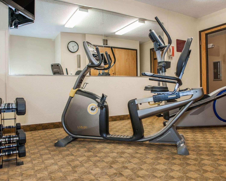 Fitness/ Exercise Room - Econo Lodge University Area Urbana