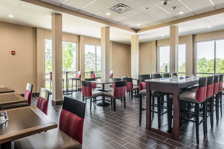 Restaurant - Comfort Inn Edwardsville