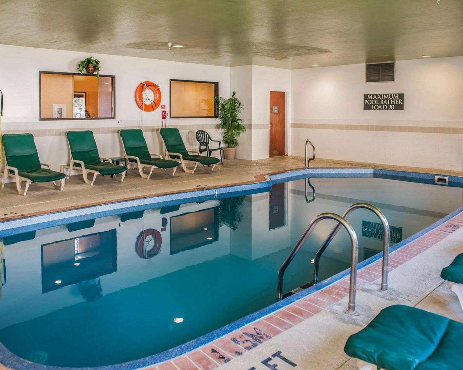 Pool - Comfort Suites Fishers Indianapolis
