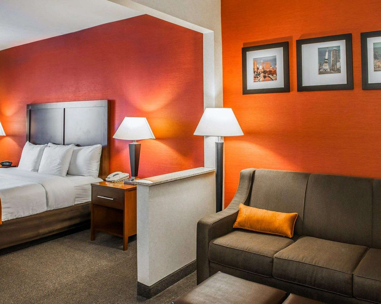 Room - Comfort Suites Fishers Indianapolis