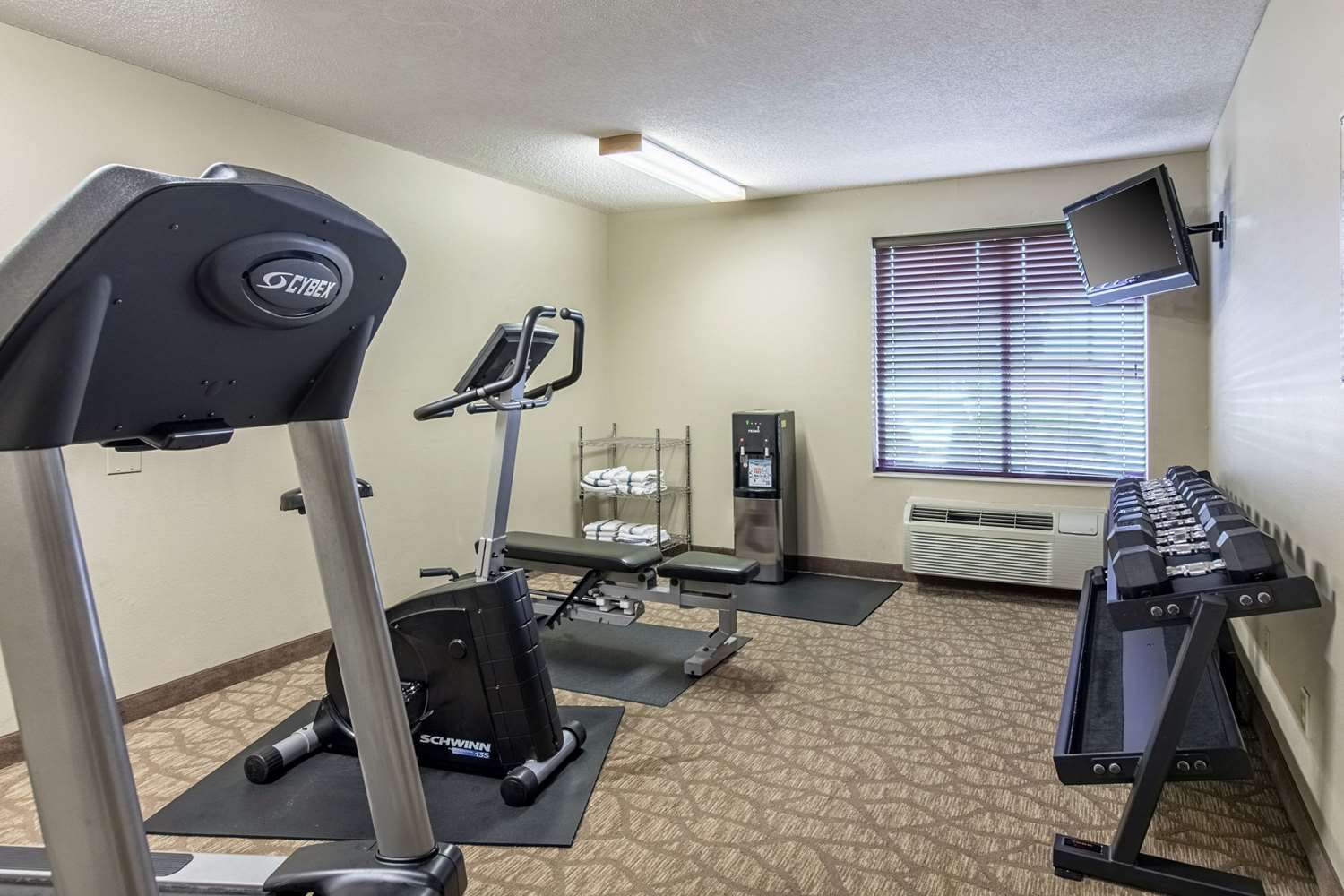 Fitness/ Exercise Room - Comfort Inn East Evansville