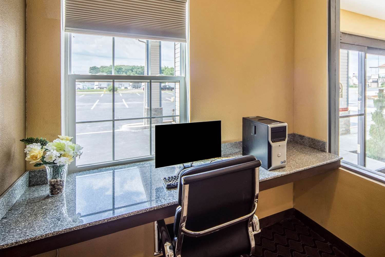 Conference Area - Suburban Extended Stay Hotel Fort Wayne