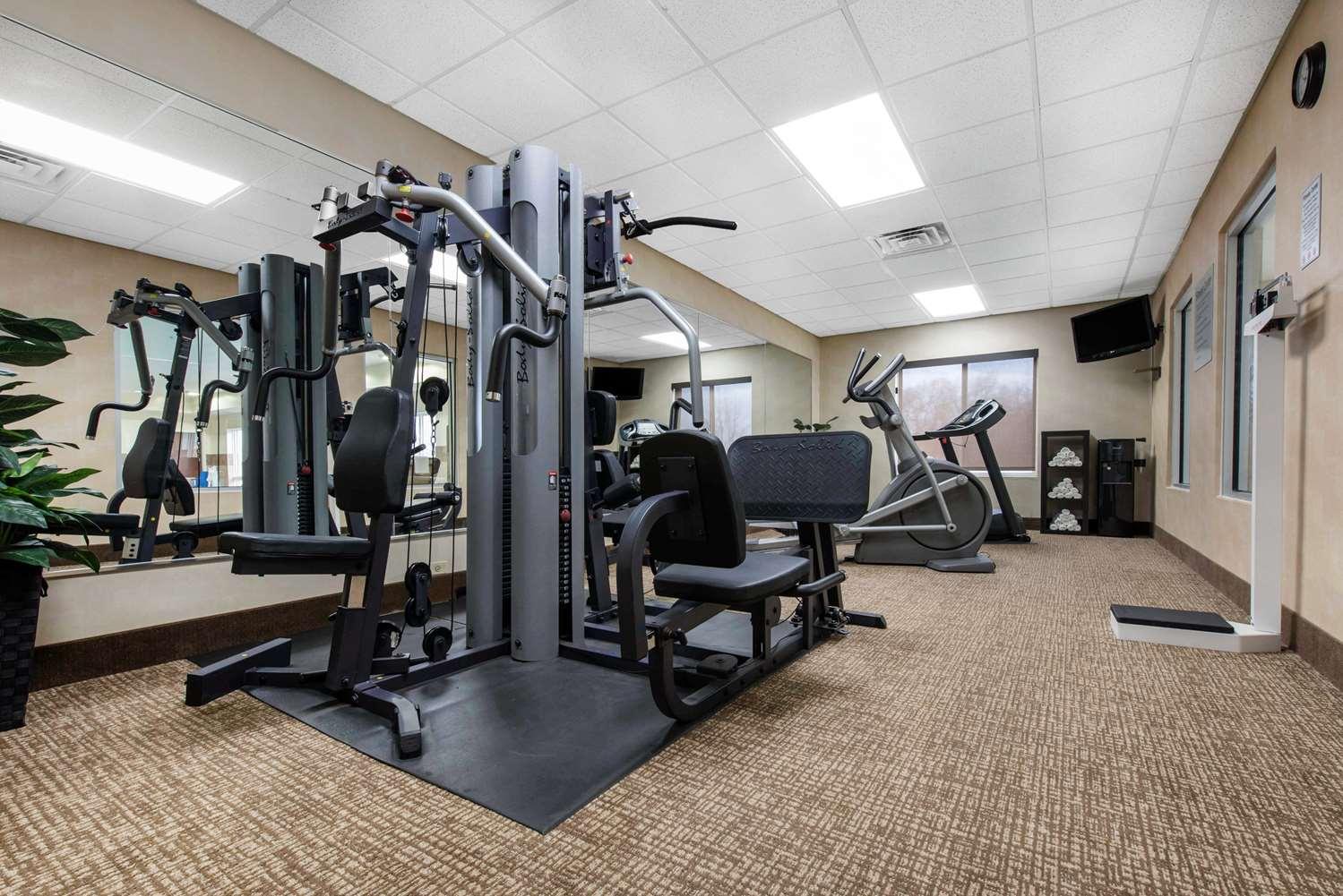 Fitness/ Exercise Room - Comfort Inn & Suites Porter