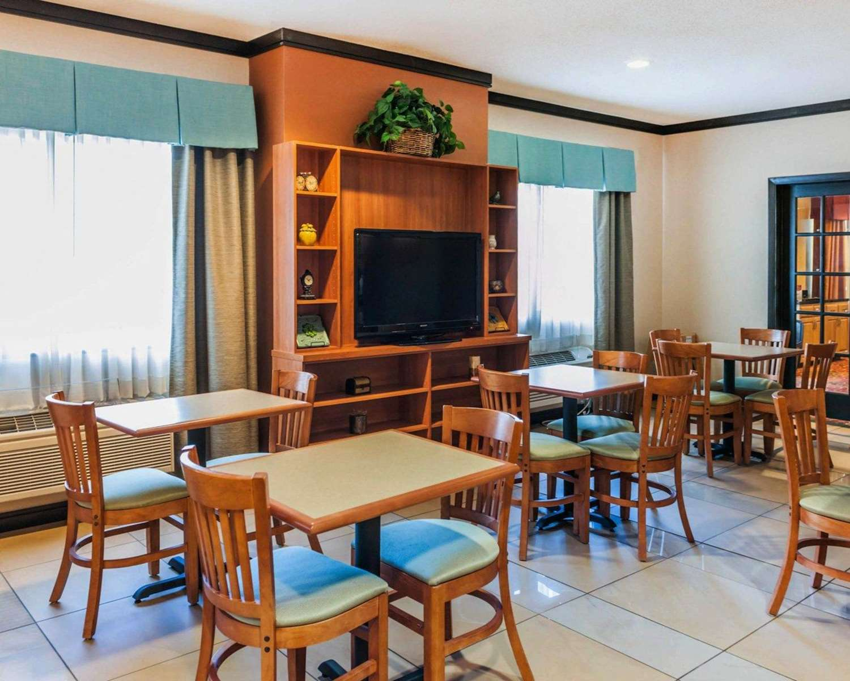Restaurant - Comfort Inn Avon
