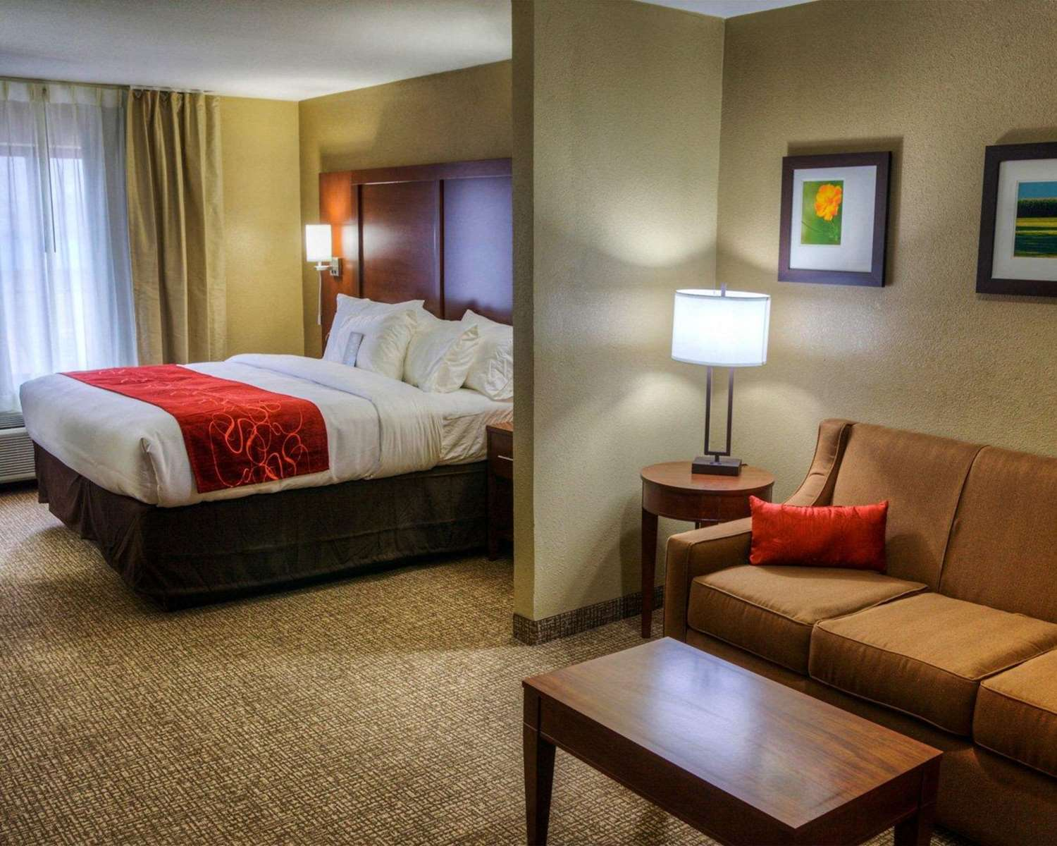 Suite - Comfort Inn & Suites Plymouth