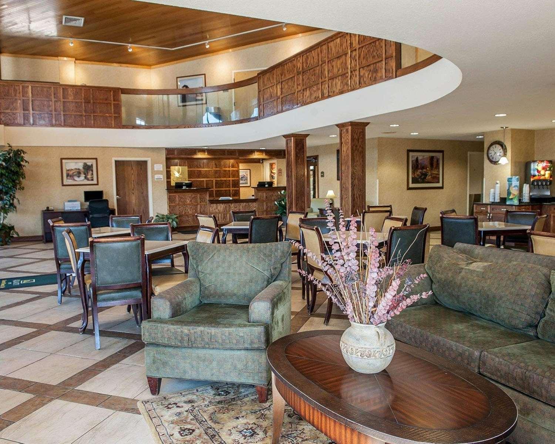 Lobby - Quality Inn South Bend