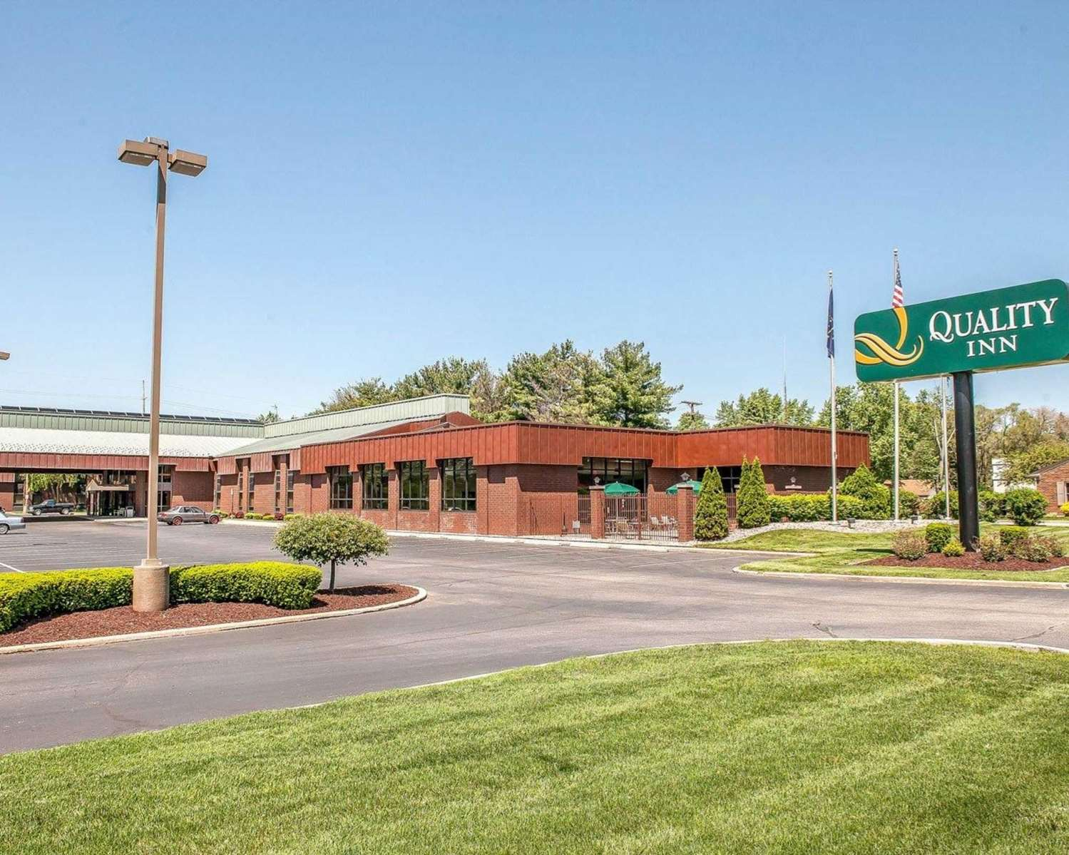 Exterior view - Quality Inn South Bend