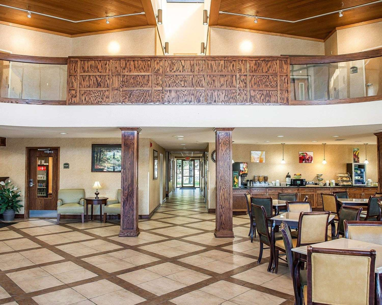 Restaurant - Quality Inn South Bend