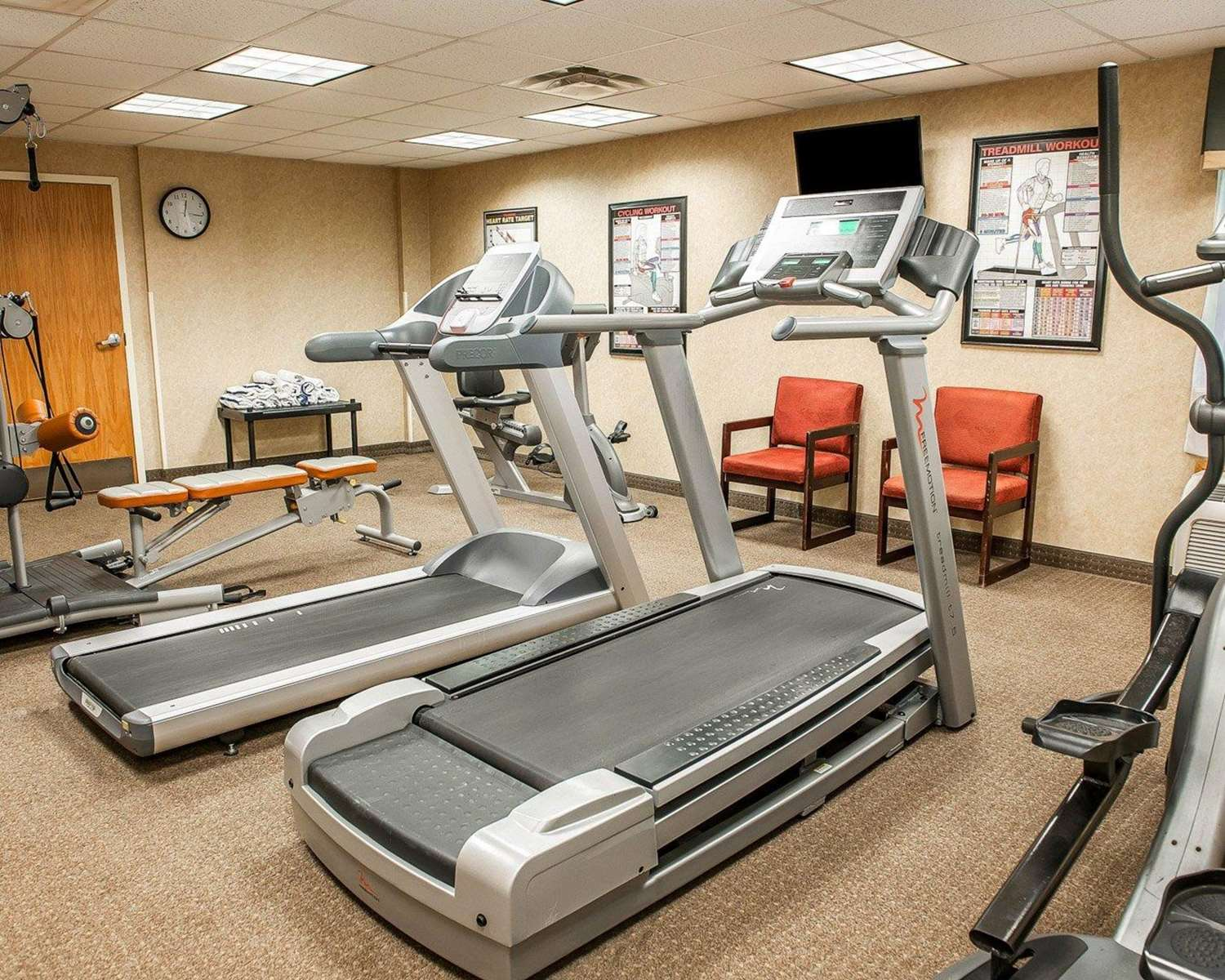 Fitness/ Exercise Room - Quality Inn South Bend