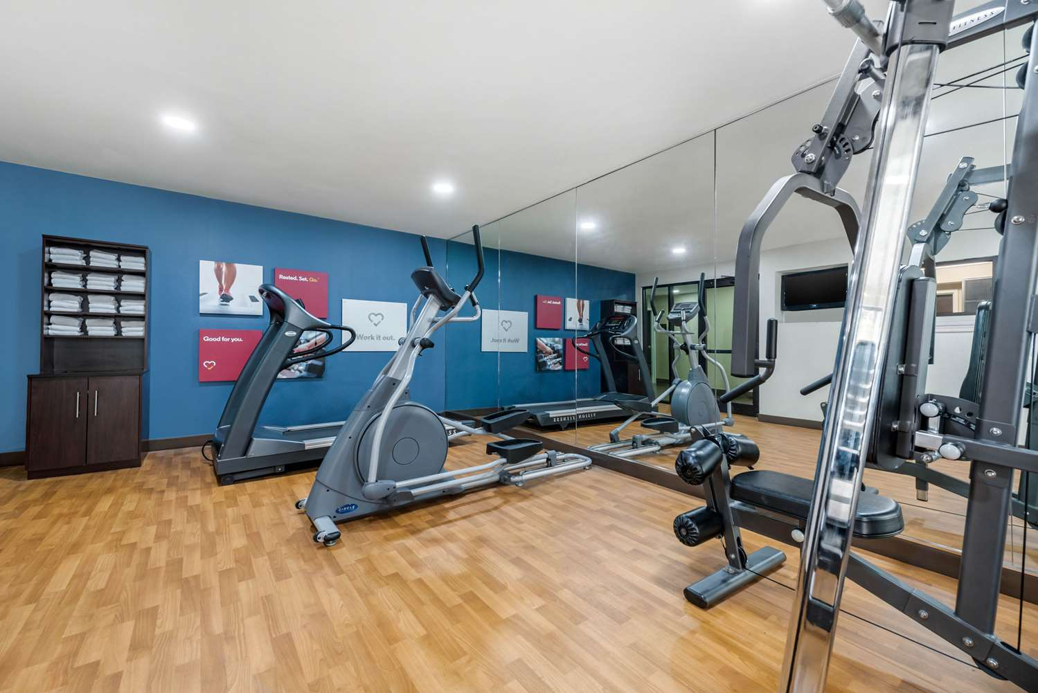 Fitness/ Exercise Room - Comfort Suites Lafayette