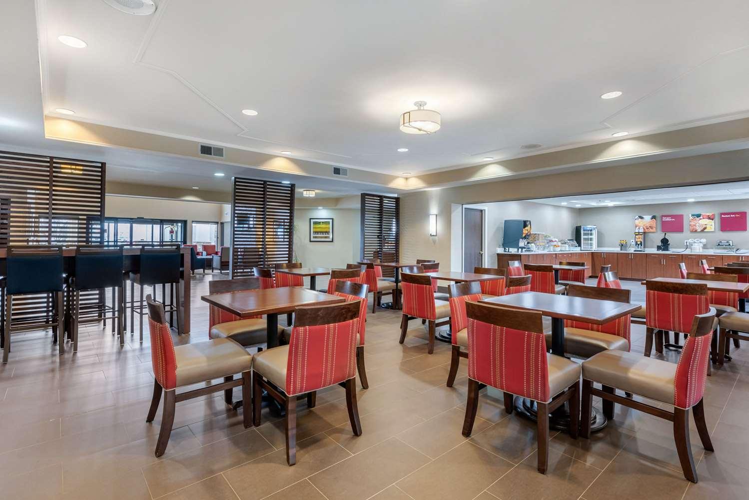 Restaurant - Comfort Suites Lafayette