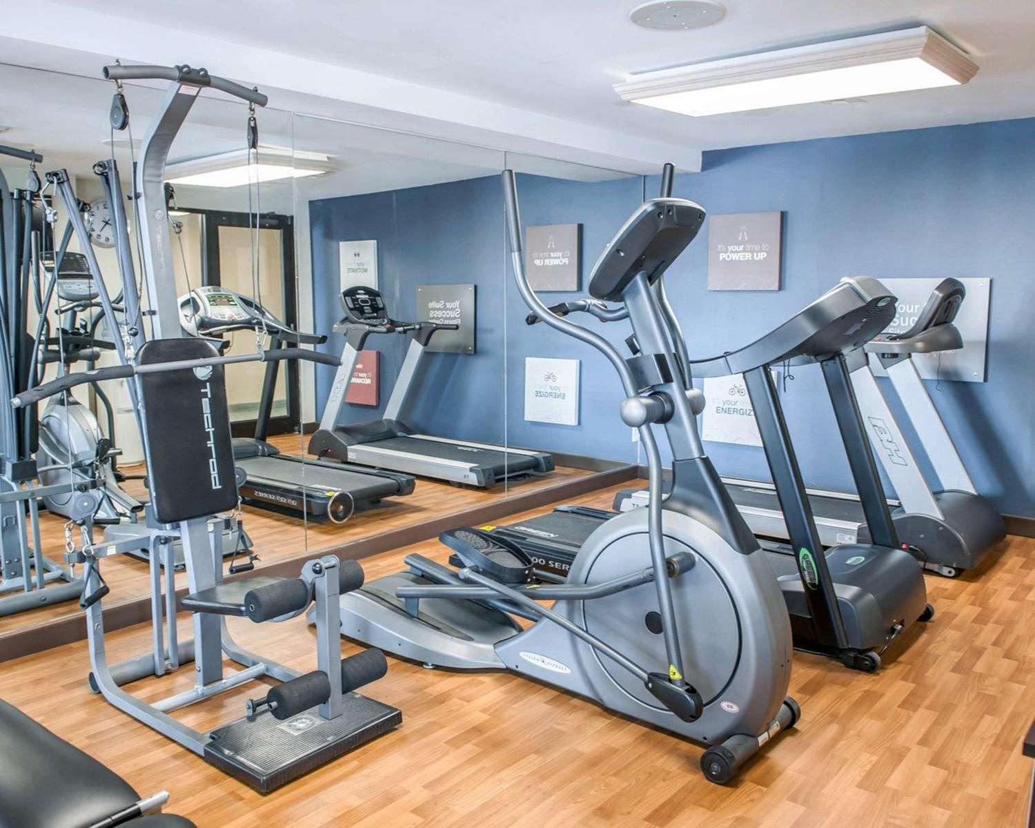 Fitness/ Exercise Room - Comfort Suites Fort Wayne