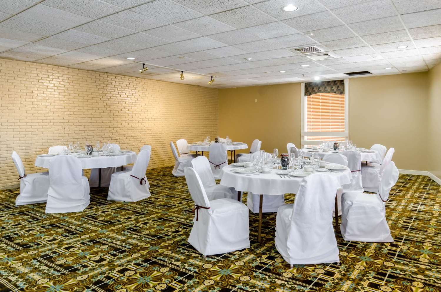 Meeting Facilities - Rodeway Inn Brockton