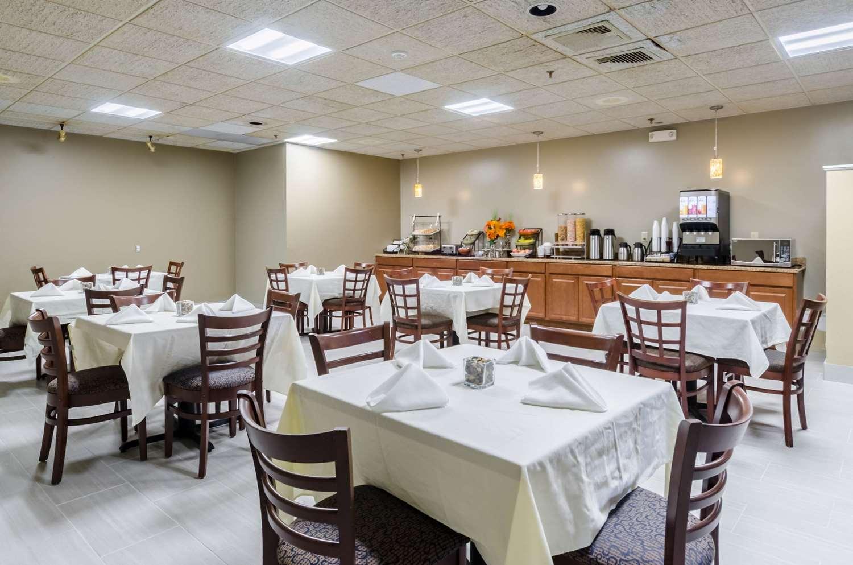 Restaurant - Rodeway Inn Brockton
