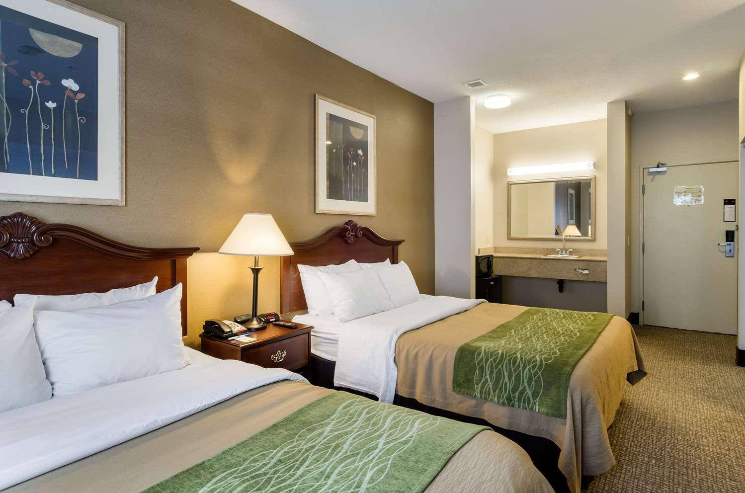 Room - Rodeway Inn Hadley