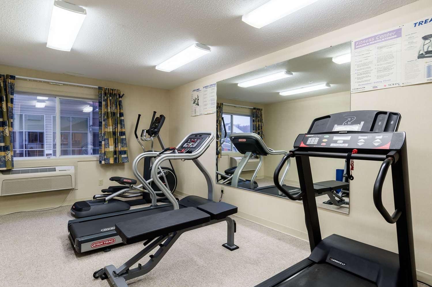 Fitness/ Exercise Room - Rodeway Inn Hadley