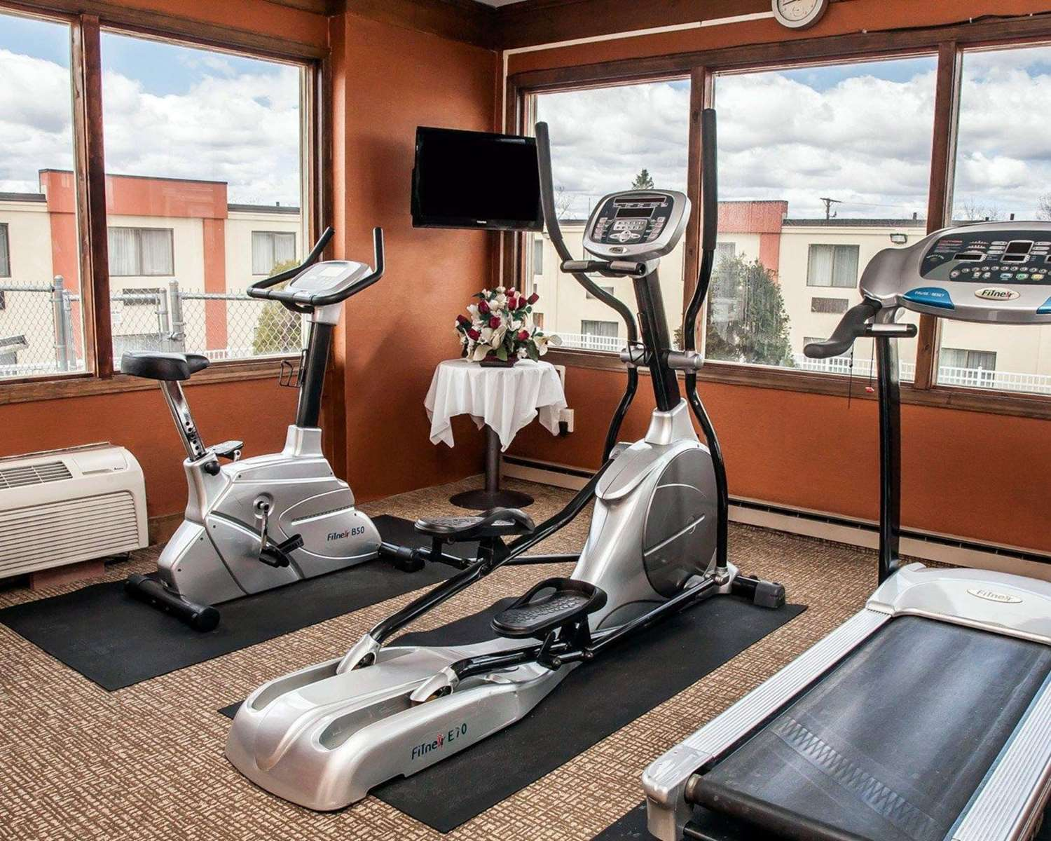 Fitness/ Exercise Room - Quality Inn Seekonk
