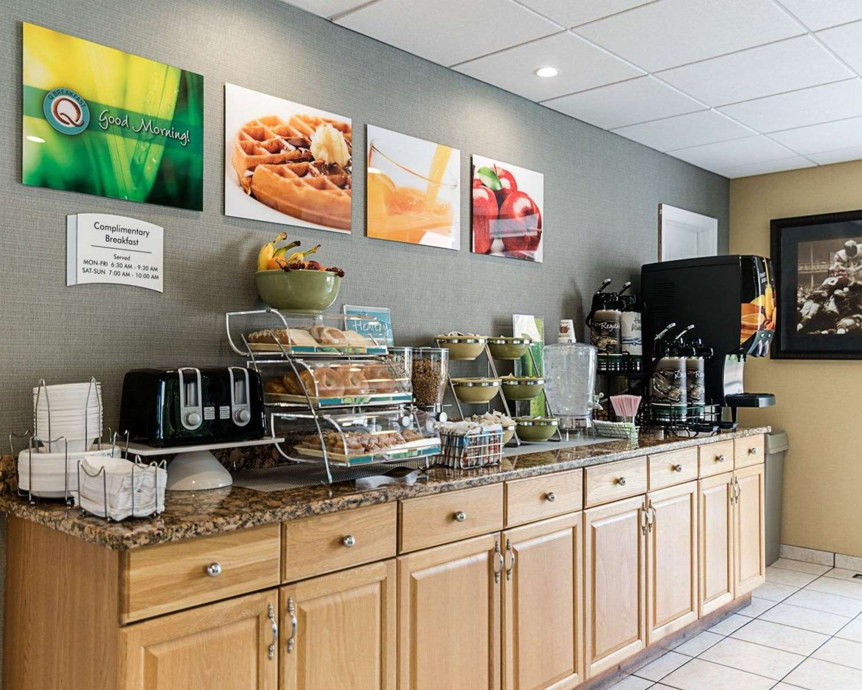 Restaurant - Quality Inn Westfield