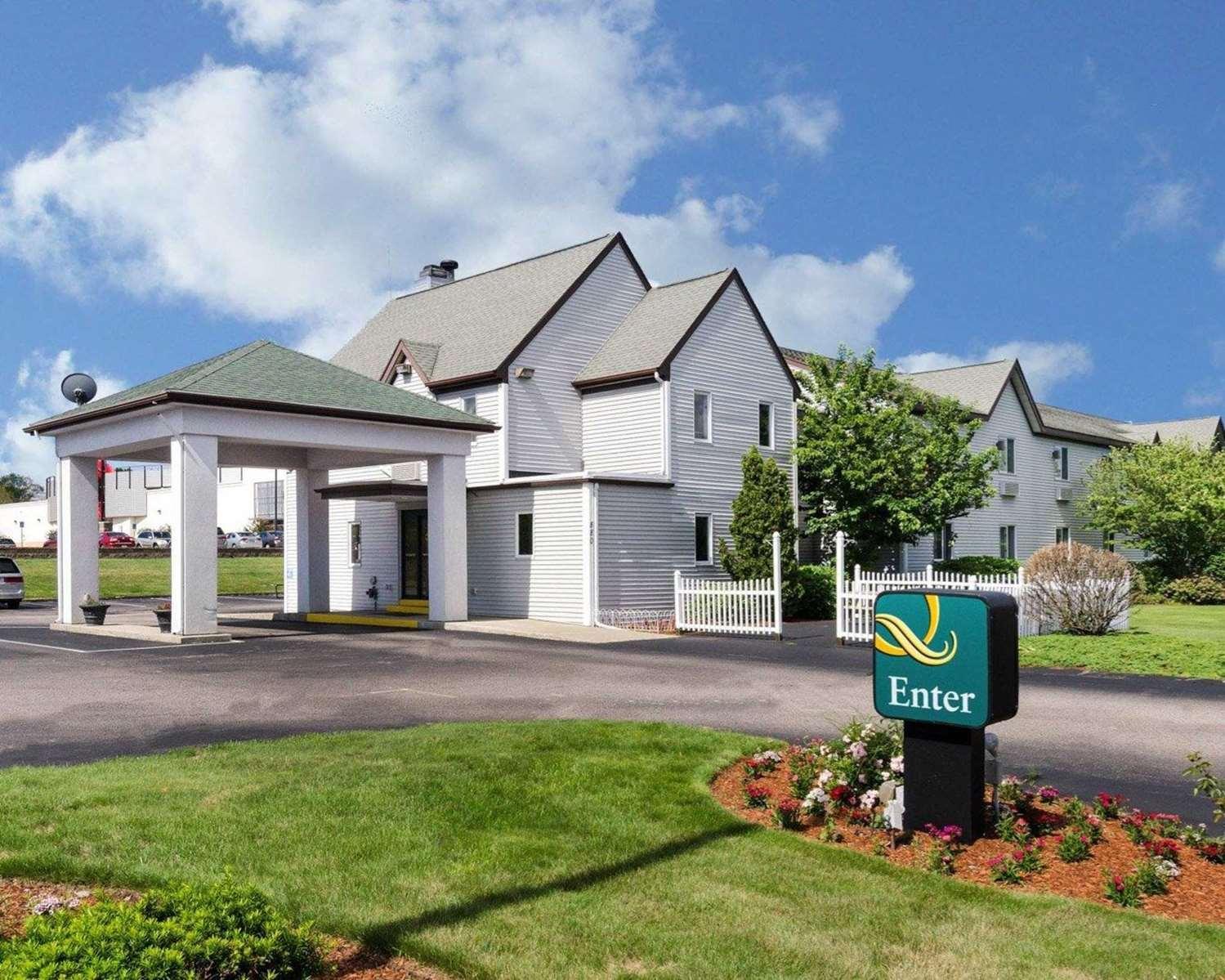 Exterior view - Quality Inn Marlborough
