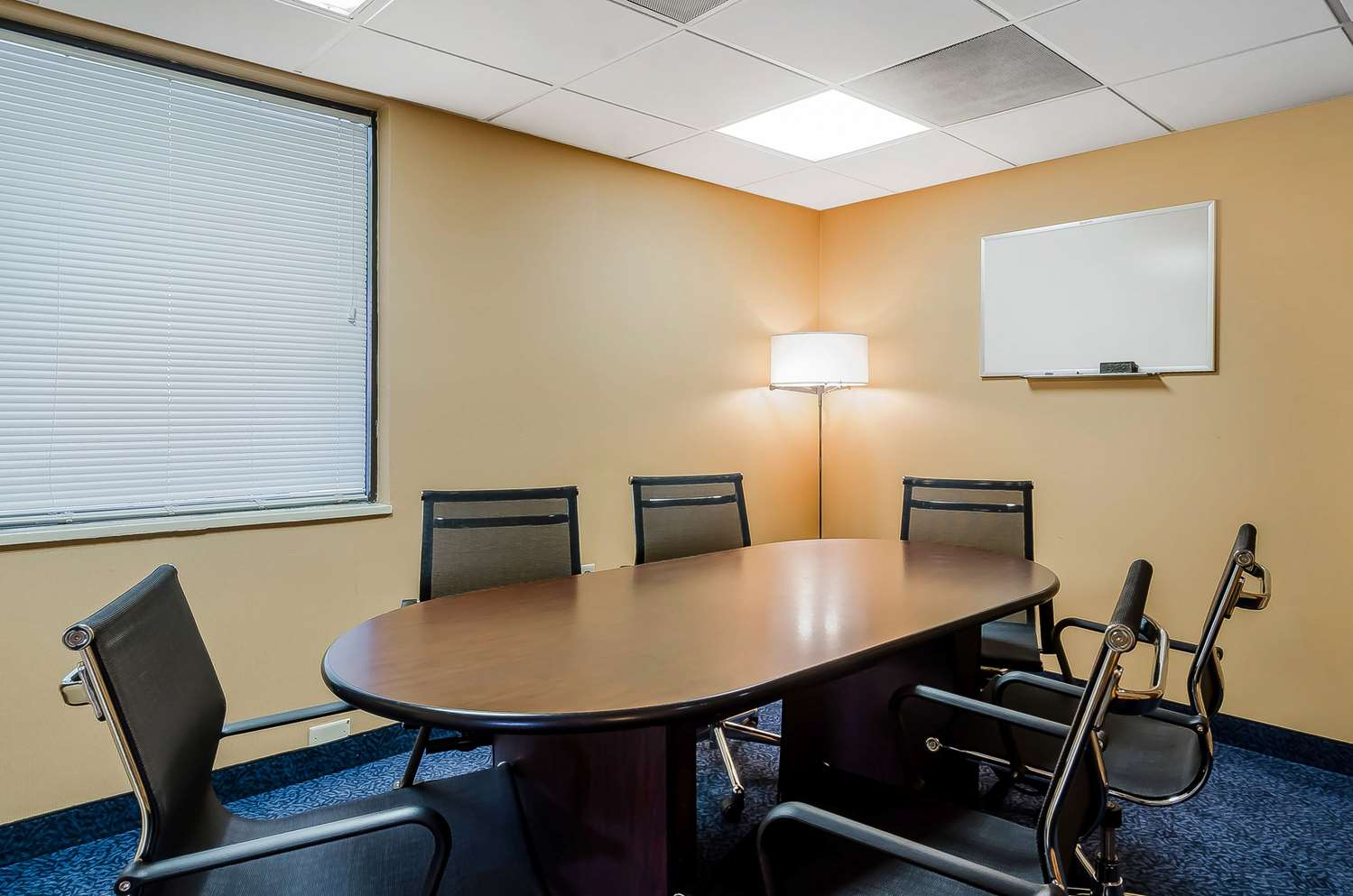 Meeting Facilities - Quality Inn & Suites Lexington