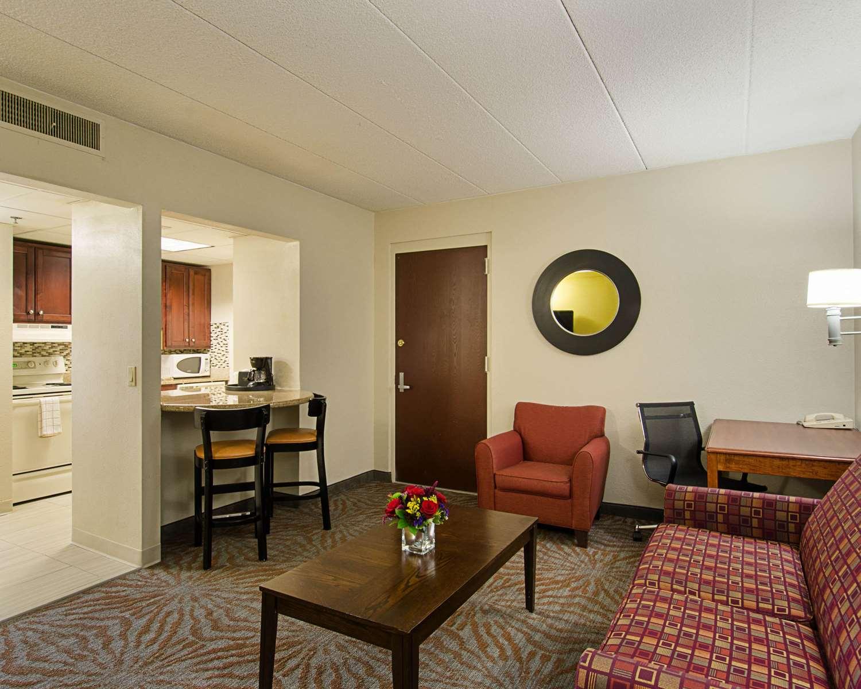 Suite - Quality Inn & Suites Worcester