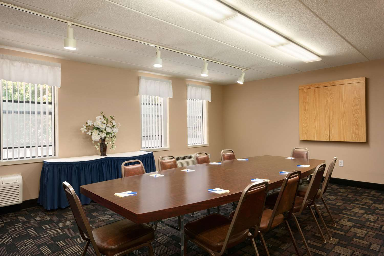 Meeting Facilities - Quality Inn Middleboro