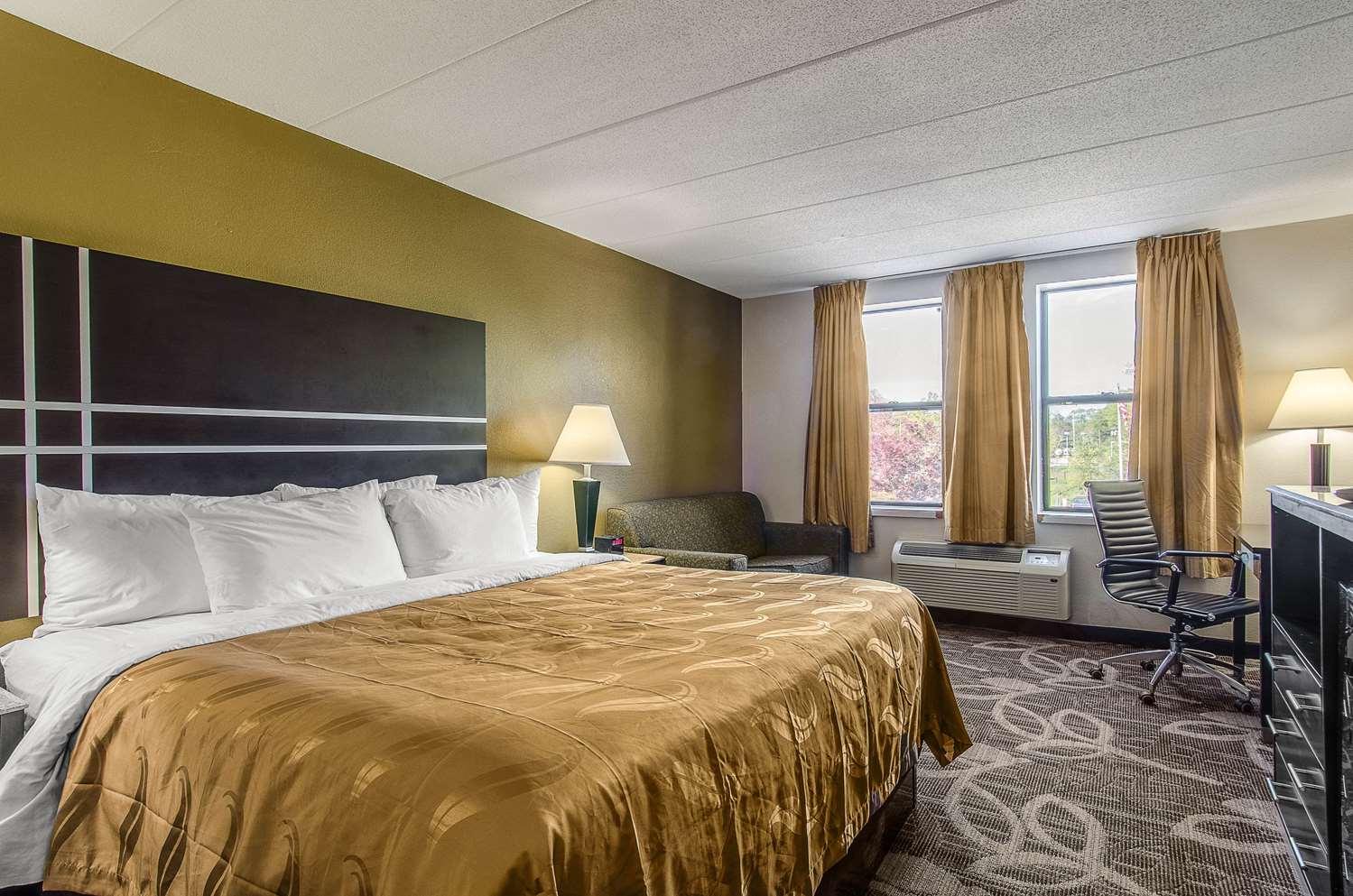 Room - Quality Inn Middleboro